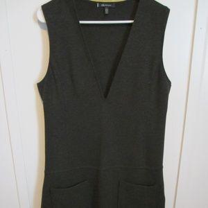 Anne Klein | V-Neck Sheath Dress with Pockets